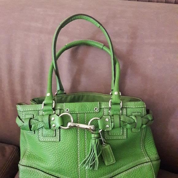 COACH Handbags - COACH LEATHER BAG SAGE GREEN XLNT CONDITION